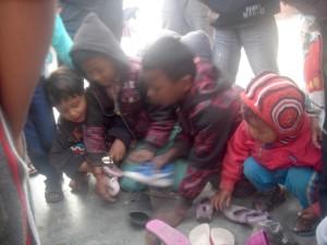 Mar2014_KhumjungShoeMelee